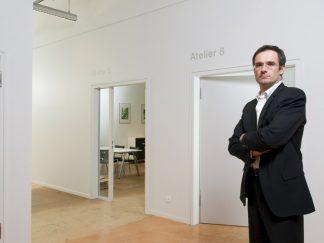 M. Nicolas Henchoz, directeur unité; EPFL + ECAL LAB, membre